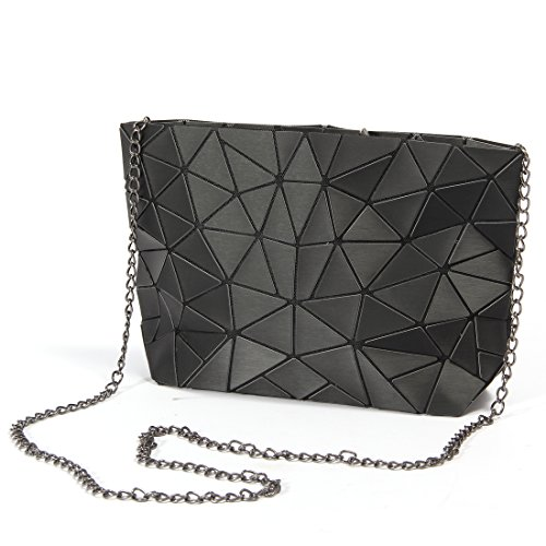 Newest Unique Geometry Shard Lattice Quilted Design.Brushed Metal Style. It's A Geometric Handbag made by High Quality PU leather,Soft & Good Touch. It's A Chain Crossbody Purse,with Detachable chain shoulder strap. It's A Fashion Bags.Flexible All Y...