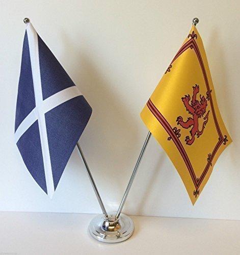 Escocia y Rampant de León Diseño de banderas de países cromo y mesa para juego de banderines
