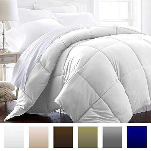 Beckham Hotel Collection 1600 Series - Lightweight - Luxury Goose Down Alternative Comforter - Hotel Quality Comforter and Hypoallergenic - Full/Queen - Pure White