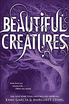 Paperback Beautiful Creatures (Beautiful Creatures, 1) Book