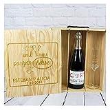 Calledelregalo Regalo Personalizable para Novios: Kit para Bodas 'Deluxe' con Botella de champán Personalizada y Dos Copas de Cava grabadas, en Caja de Madera también Personalizada