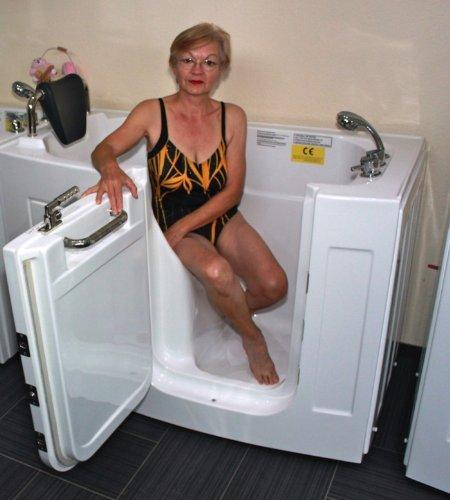 Senioren Sitzbadewanne Seniorenbadewanne Sitzwanne Badewanne mit Tür Pool A107
