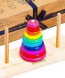 Des jouets de qualité imbattable depuis 3 ans - Fabriqués à partir de bois 100% certifié FSC et de peinture à base d'eau pour des heures de jeu en toute sécurité, notre trieuse de formes de la Tour de Hanoï est solide, lisse et conçue spécialement po...