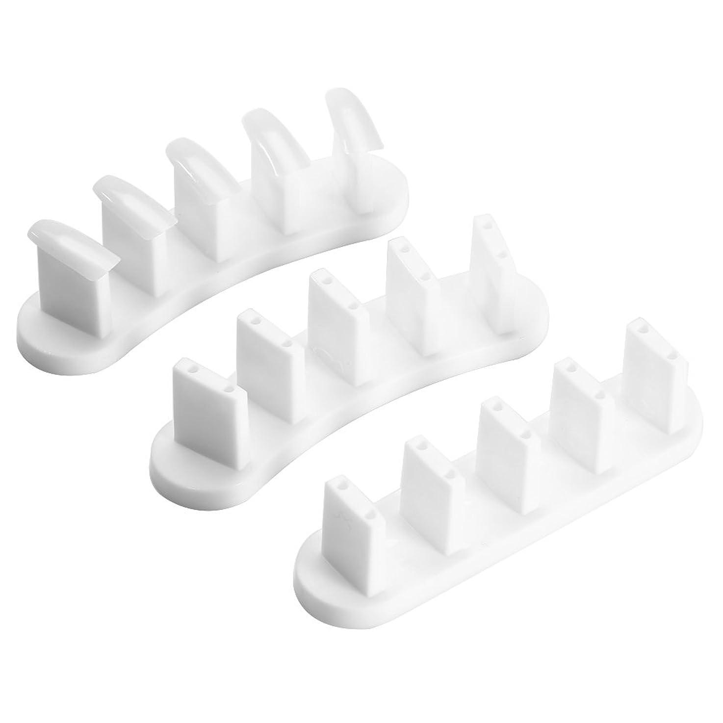 天順応性のある製作ネイルチップホルダー スタンドベース3pcs + 100個の練習爪のヒント 1セット (白)