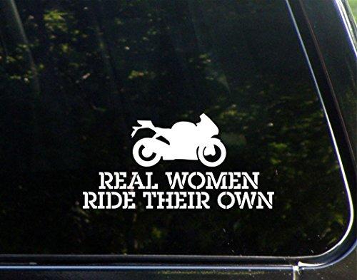 Sweet Tea Decals Real Women Ride Their Own – 19,5 x 9,5 cm – Vinyl-Aufkleber für Fenster, LKW, Autos, Laptops, Macbooks etc.