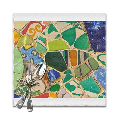 Green Parc Guell Tiles In Barcelona Spain Manteles individuales para mesa de comedor, juego de 6 decoraciones, lavable, Navidad, año nuevo, cocina, mantel para mesa de vacaciones,12 x 12 inches