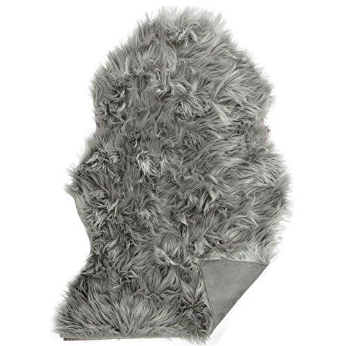 CelinaTex Furry Läufer XXL 70 x 110 cm grau Hochflor Bettvorleger Schaffell-Imitat Kunstfell Flurteppich Teppichläufer