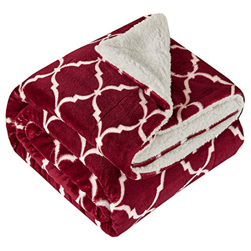 Kuscheldecke Bordeaux Lammfelloptik Wohndecke Tagesdecke Decke Sherpa Ornament Flauschig Weich & Angenehm Warm Ideal für Winter Microlight to Berber 127x150cm