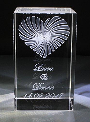 VIP-LASER 3D Glaskristall XL Strahlendes Herz mit Deinem Wunschdatum und Wunschnamen graviert Hochzeit oder zur Verlobung! (ohne Leuchtsockel)