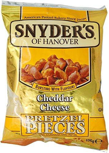 Snyder's Pretzel Pieces Cheddar Cheese, Trozos de Pretzel con Sabor a Queso,...