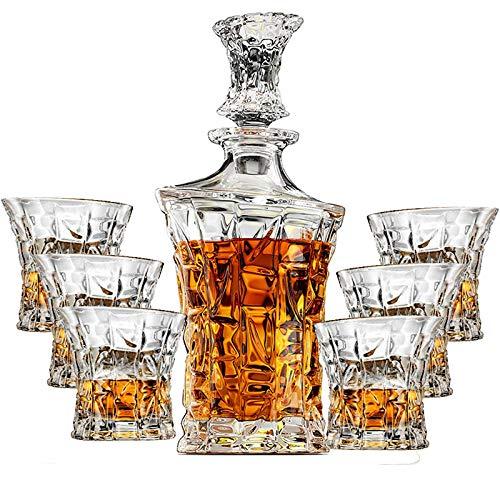 Juego de 7 botellas de cristal para whisky talladas de Bohemia