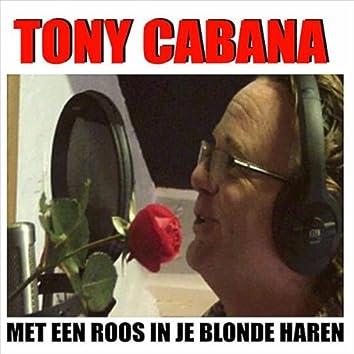 Roos In Je Blonde Haren