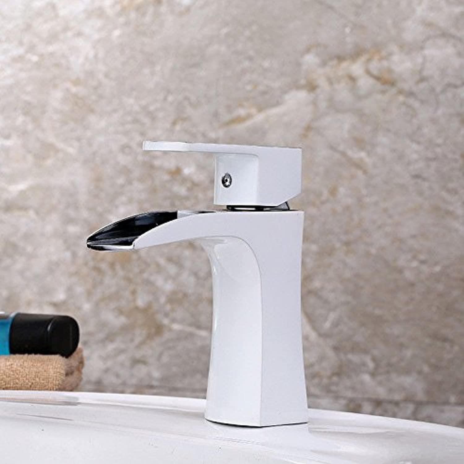 Good quality Antique Basin Sink Mixer Tap Hot and cold faucet bathroom wash basin faucet bathroom cabinet basin home single unit above counter basin quick opening faucet