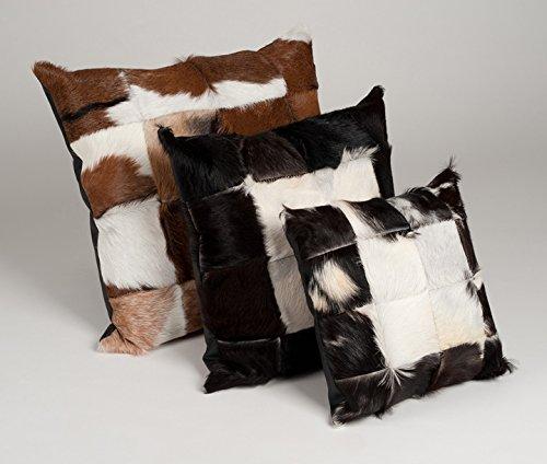 Amaris Elements | 'Claudio' Modernes Fell-Kissen aus echtem Ziegenfell - weißes Leder und Naturfarben 50x50 cm