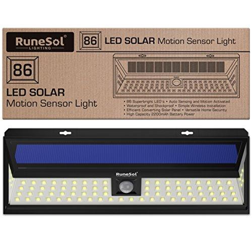 RuneSol® 86 LED Bewegungsmelder LED Solarlicht | LED-Gartenleuchten - Beleuchten Sie Ihre Terrasse, Ihren Zaun, Ihren Garten, Ihre Einfahrt | Sicherheits-LED-Panel Solarleuchte