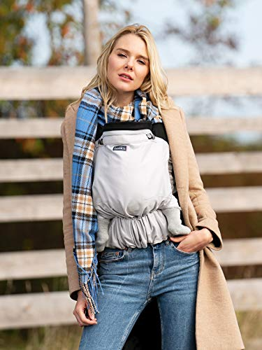 Babytrage Basics by KOKADI® Flip Grey – Babytrage ab Geburt ✓ Ergonomisch ✓ Mitwachsend ✓ Full-Buckle ✓ Bio-Baumwolle ✓ GOTS zertifiziert ✓ GRATIS Beutel (Baby | 3,5-15kg)