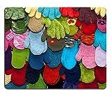 Mauspad Naturkautschuk Mousepad Showcase Kinderhandschuhe und Handschuhe farbiger Hintergrund