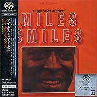 Miles Smiles by Miles Davis (2002-08-05)
