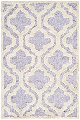 Safavieh Cambridge Collection CAM132C Handmade Moroccan Premium Wool Accent Rug, 2'6' x 4', Lavender / Ivory