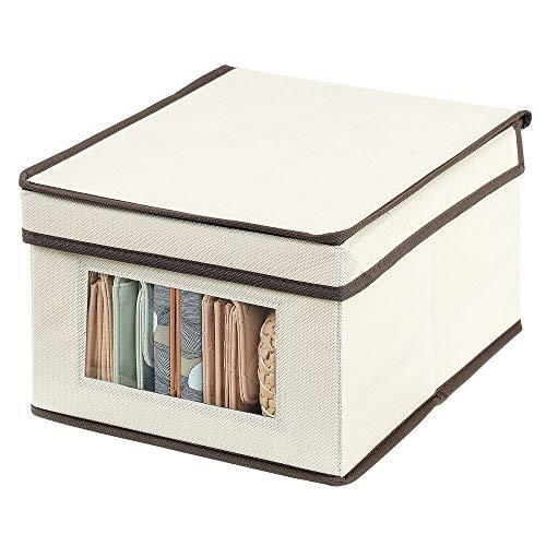 mDesign Portabiancheria con coperchio e finestra trasparente – Sostituisce le classiche scatole per armadi – Scatola contenitore rettangolare in tessuto per vestiti e accessori – crema/marrone