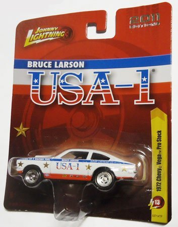 Price comparison product image Johnny Lightning 2011 Editions 1972 CHEVY VEGA PRO STOCK (White)