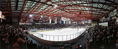 Blue-Letter Crimmitschau Eishockey Spiel – hochwertiger FineArtPrint (120 cm x 50 cm)
