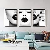 zszy Frauen mit schwarzen sexy Lippen Poster und Drucke
