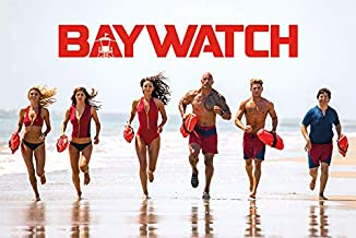 Pyramid International Baywatch Bay Team Action Comedy Movie Film Lifeguards Running On Beach Poster 36x24 Inch