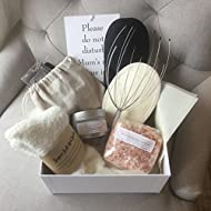 Mum's 'Me Time' Pamper Box - A Beautiful Silver Embossed Box Containing a 9 Piece Pampering Set - A ...