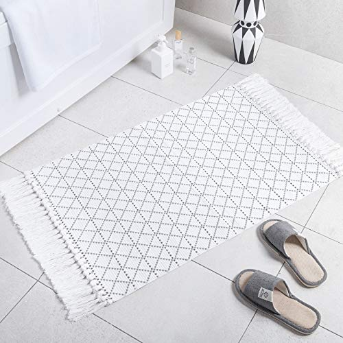 Carvapet Boho Small Area Rug Runner with Tassels Cotton Woven Kitchen Rugs Moroccan Accent Throw Rug Runner for Bathroom Laundry Bedroom Low-Pile Welcome Mats for Entryway Porch Front Door,2'x3', Grey