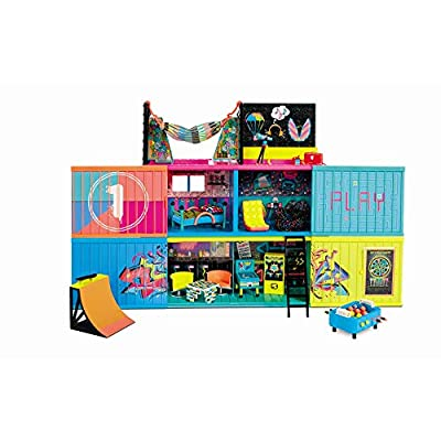 L.O.L. Surprise! Clubhouse Playset with 40+ Surprises and 2 Exclusives Dolls (569404E7C) by MGA Entertainment