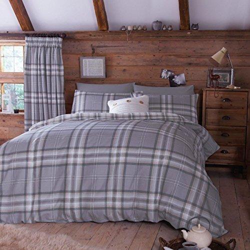 Edinburgh Gris Tartan Plaid réversible Mélange de coton King size (Uni Gris argenté Drap-housse – 152 x 200 cm + 25) Uni Gris argenté Taies d'oreiller Parure de lit de 6 pièces