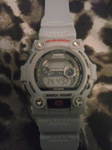 Casio Mens Classic G-Shock Digital Watch with Multi Alarm and Water-Resistant 200M (660 Feet)