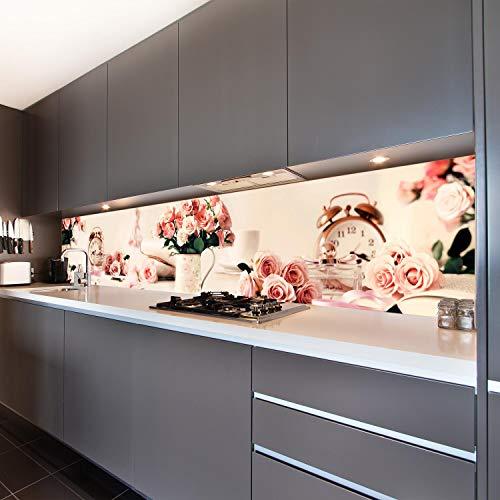 wandmotiv24 Küchenrückwand Blumen Wecker Parfüm Vase Kanne 260 x 50cm (B x H) - Acrylglas 4mm Nischenrückwand, Spritzschutz, Fliesenspiegel-Ersatz, Deko Küche Rosen Mädchen Frauen Weich Rosa M1216