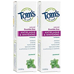HELPS PREVENT TARTAR BUILDUP: Contains 2 - 5.5 ounce tubes of fluoride-free, whitening toothpaste in Spearmint flavor. Help keep your mouth feeling fresh all day with a powerful clean that comes from a natural toothpaste. NATURALLY DERIVED INGREDIENT...