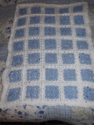 No 27 Pram Rug (Mrs Crochet Designer)