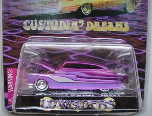 RACING CHAMPIONS 1:64 SCALE LOWRIDERS 1 OF 9,999 LIMITED EDITION PURPLE '49 CHOPPED MERCURY DIE-CAST, ISSUE #4