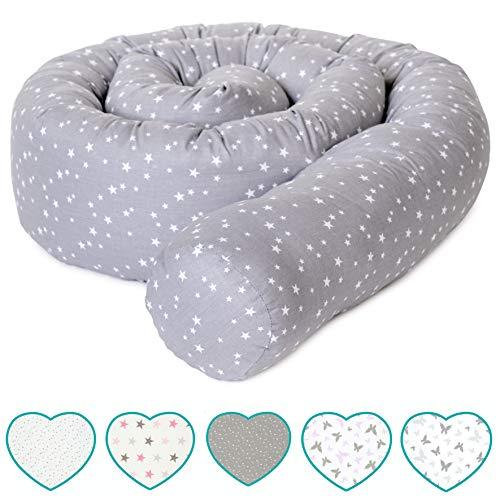 mimaDu Bettschlange, Bettrolle (210 x 10cm) Bettumrandung für Babybett - weich und kuschelig - ÖKO-Tex zertifizierte Baumwolle - Sternen (grau-weiss)