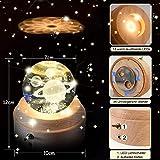 DUTISON Kristallkugel Spieluhr, 360° Rotierende hölzerne Spieluhr mit Licht, Beleuchtete Projektionsfunktion, Geschenk für Weihnachten, Erntedankfest, Geburtstag - 7