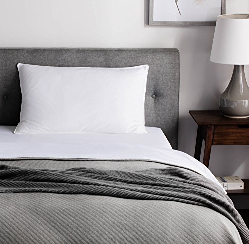 WEEKENDER Down Alternative Hotel Quality 100% Cotton Cover-Soft Hypoallergenic Queen (1 Single Pillow), White