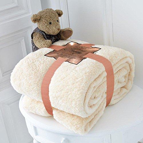 Super Soft Luxury Teddy Bear Sherpa Throw Fleece Blanket Sofa Bed Warm Non Allergic (King :200Cm x 240Cm, Cream)