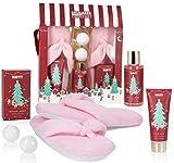 BRUBAKER Cosmetics Set de Baño y Ducha Fragancia de Bayas de Invierno - Set de Regalo de 6 Piezas con Zapatillas de Felpa Extra Suaves de Color Rosa - Set de Navidad para La Novia