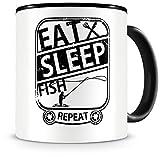 Samunshi® - Tazza da pescatore con scritta 'Eat Sleep Fish Repeat', idea regalo per pescatori, tazza da caffè grande, tazza divertente per compleanno, nero, 300 ml