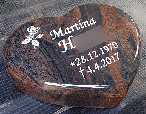 designgrab Liegestein -Grabherz- aus Granit Gneis Halmstad/Barap/Hollandia, inkl. Beschriftung von Vor- und Nachname sowie Geburts- und Sterbedatum