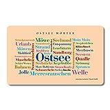 Frühstücksbrettchen Ostsee Wörter, Tagcloud mit schönen Wörtern von der Ostsee. Eine originelle & schöne Geschenkidee