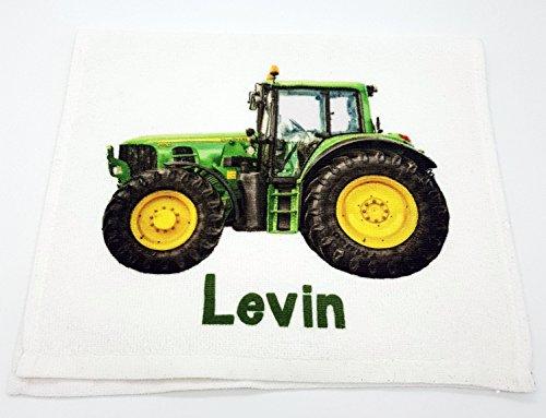 Kinderhandtuch Traktor mit Wunschname - personalisiertes Handtuch 30x50cm mit grünen Trecker - Gästehandtuch Kilala