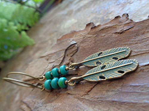 ⊹⊱✿ GRÜNE PATINA FEDER IN BRONZE & GRÜNE STEIN RONDELLE ✿⊰⊹ Ohrringe, handgefertigt, in bronze