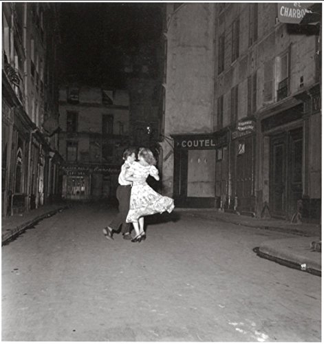 Stick It On Your Wall Robert Doisneau – Der letzte Walzer am 14. Juli 1949 Mini Poster – 40 x 40 cm