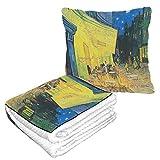 LIANGWE Well Traveled Cafe Terrace At Night by Vincent Van Gogh Manta de Almohada 50 × 60.23 Pulgadas Cálida y Suave Combo 2 en 1 Manta de Almohada para avión Camping, Viajes en automóvil Manta
