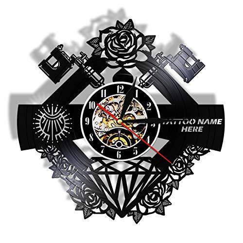 Estudio de tatuajes, signo de tatuaje, nombre personalizado, vinilo silencioso, registro de pared, Clcok, tienda de tatuajes, máquina de tatuaje, decoración de pared, regalo para hombres Hipster